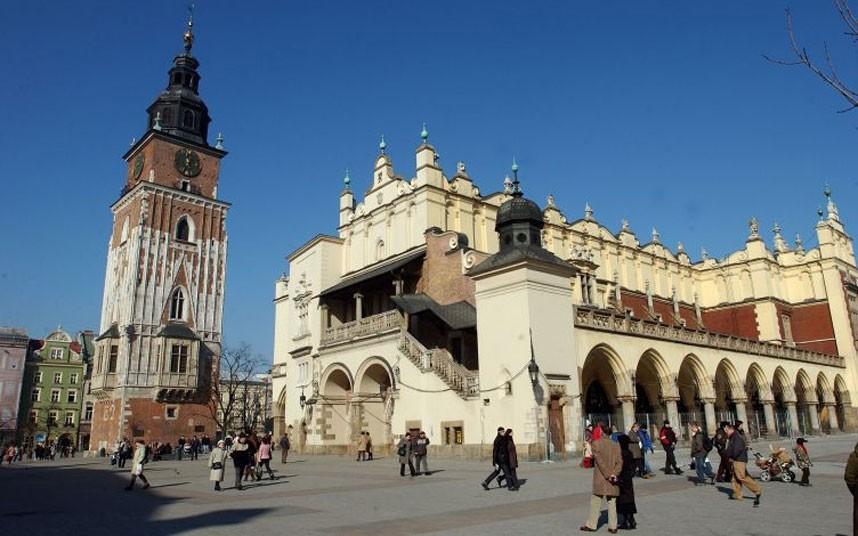 Lengyel város tere