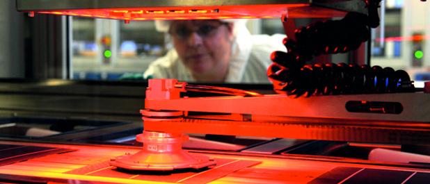 Szolár cella gyártása a németországi SolarWorld-ben